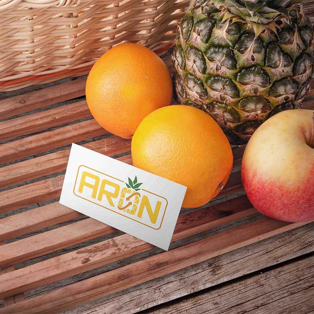 موکاپ میوه طراحی لوگو برند صادرات میوه آران