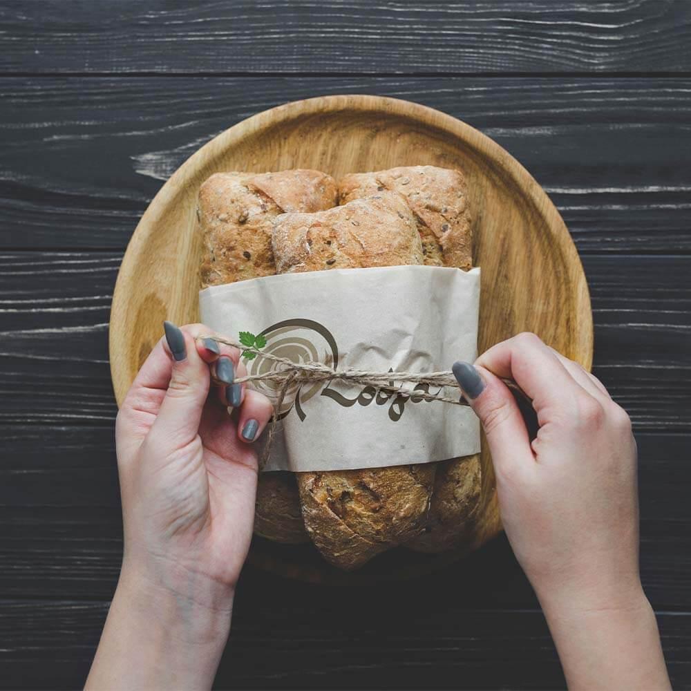 موکاپ بسته بندی نان رستوران های روجا