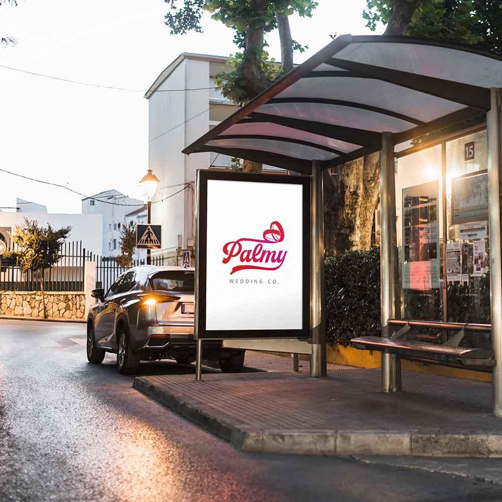 موکاپ ایستگاه اتوبوس طراحی لوگو پلتفرم مراسمات ازدواج پالمی